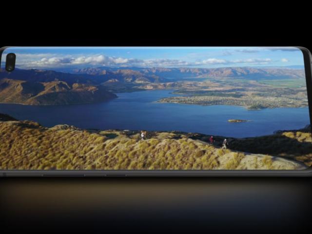 Cómo ocultar el agujero de la cámara en la pantalla del Samsung Galaxy S10 o S10 +