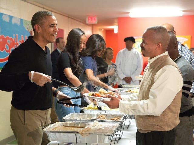 Barack Obamaのこの2歳の写真が人気を集めているのはなぜか