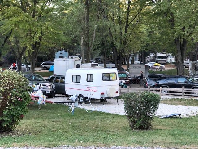 Olen Drunk Camping, soitamme RV Lights Bingo!  (Bonus: Isän uusi auto)