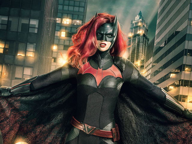The CW's Batwoman Rises in Our First Look at Ruby Rose as Kate Kane