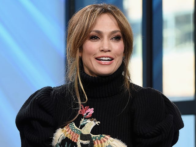 Jennifer Lopez Is Reportedly Dating Former Baseball Megastar Alex Rodriguez