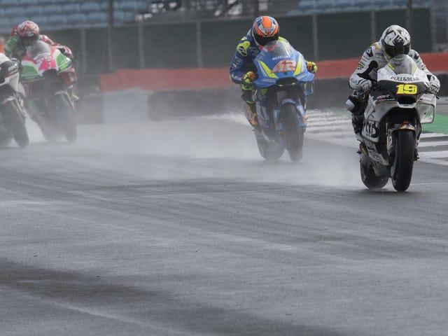 Hurtig nedbrydning af Silverstone's New Track Surface skyldes MotoGP Race Cancelation