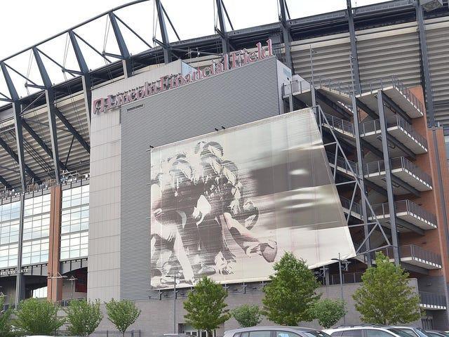 87% de la foule à la maison d'Eagles écoutant le championnat de NFC sur la radio de voiture après avoir été jeté hors du stade <em></em>