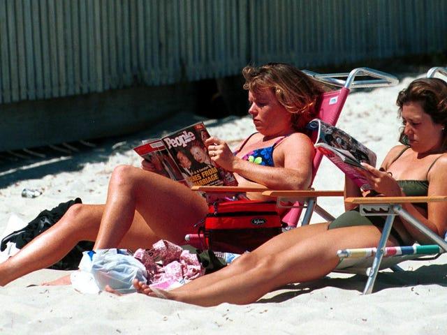 Journal de lecture estivale: paresseux face à l'histoire d'Hollywood et à une grosse boîte de romans romans des années 1980