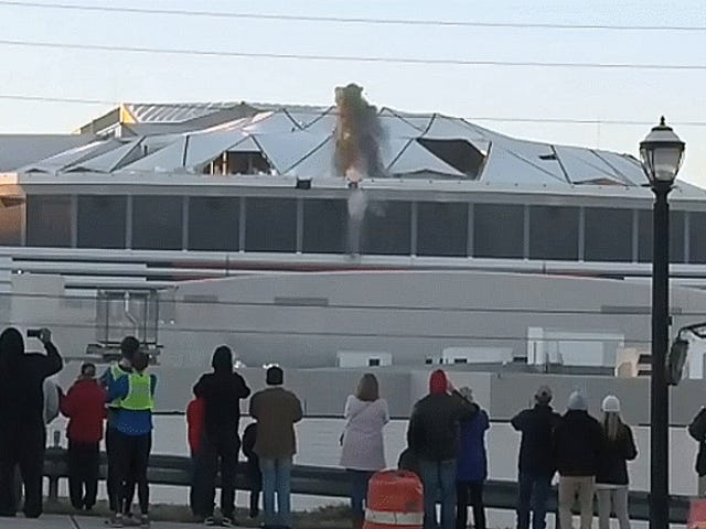 Cameraman Loses It Over A City Bus Blocking His View Of The Georgia Dome Demolition