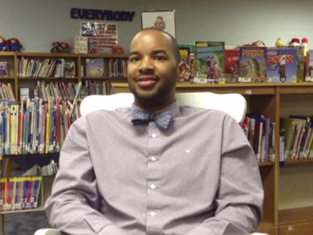 Giáo viên tiểu học NC, trợ lý hiệu trưởng từ chức giữa những tranh cãi về câu chuyện cổ tích LGBT