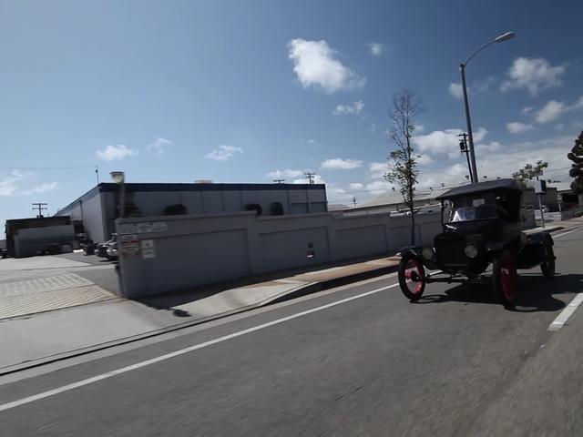 एक फोर्ड मॉडल टी ड्राइविंग: यह कितना मुश्किल हो सकता है?