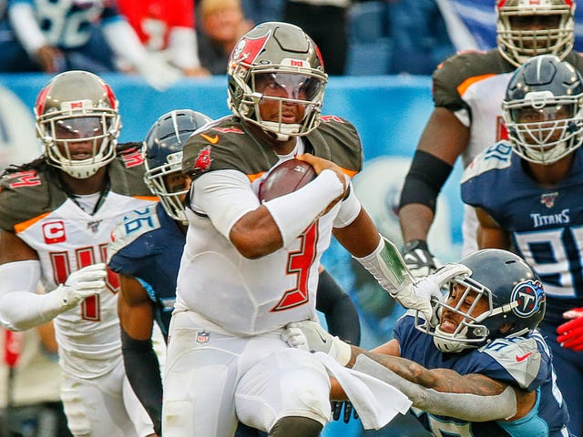 The Refs Screwed The Bucs Over By Making Them Rely On Jameis Winston