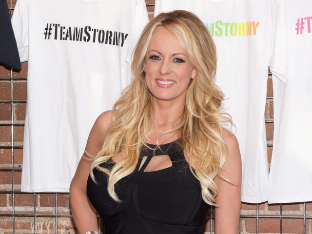 Stormy Daniels, Rightly, Has Returned to Dick-Shaming the President
