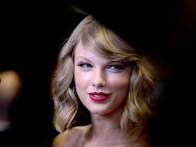 Jury Rules in Favor of Taylor Swift in Groping Trial
