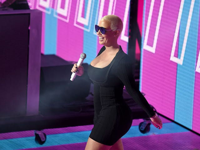 Amber Rose Felt 'Body Shamed' by Julianne Freaking Hough on Dancing With The Stars