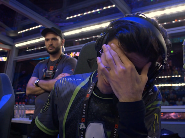 Dota 2 Team Sent Packing From World Championship After Tragic Misclick
