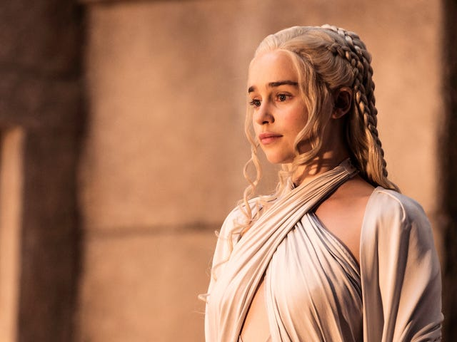 Good Luck to the Game of Thrones Cast, Who Reportedly Won't Get Scripts for the Final Season