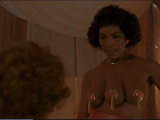 American Horror Story Costarred Angela Bassett's Three Boobs