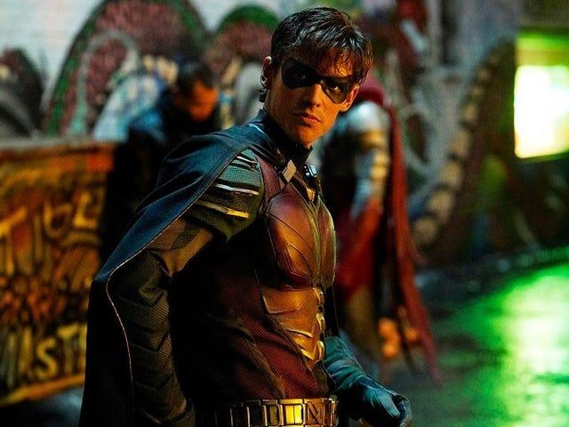Đoạn trailer giới thiệu Titans mùa thứ hai hé lộ nhân vật phản diện mới: Deathstroke