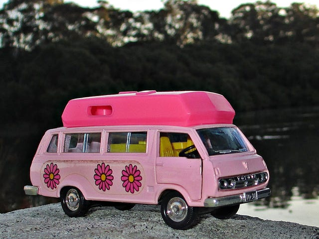 Land of the Rising Sun Day: Tomica Dandy Toyota HiAce Camper