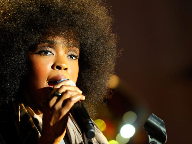 In Water Is Wet News: Lauryn Hill (Still) Shows Up 2 Hours Late to Concerts