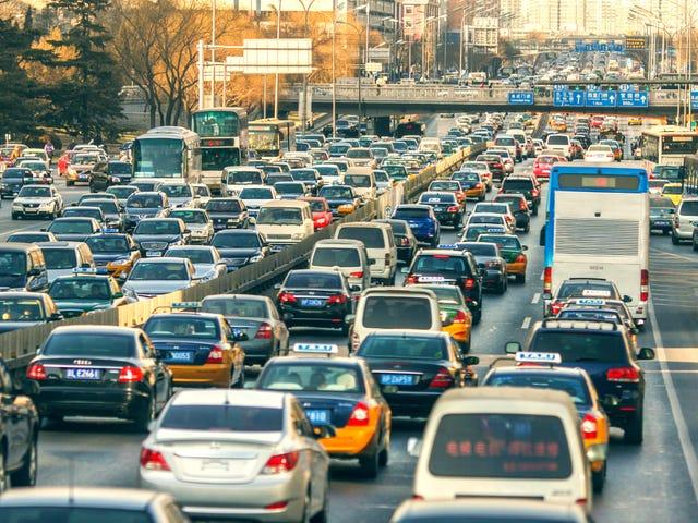 Miten selviytyä olemasta jumissa liikenteessä pienten lasten kanssa?