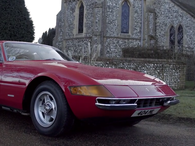 Kun Ferrari Daytona on perheauto