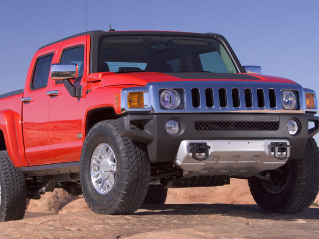 The Hummer H3T Is America's Dream Truck but It Came Ten Years Too Early