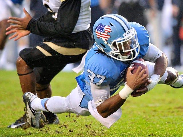 Kuzey Carolina Futbolcu TJ Jiles, Saldırı İle Ücretlendirilen Tutuklandı