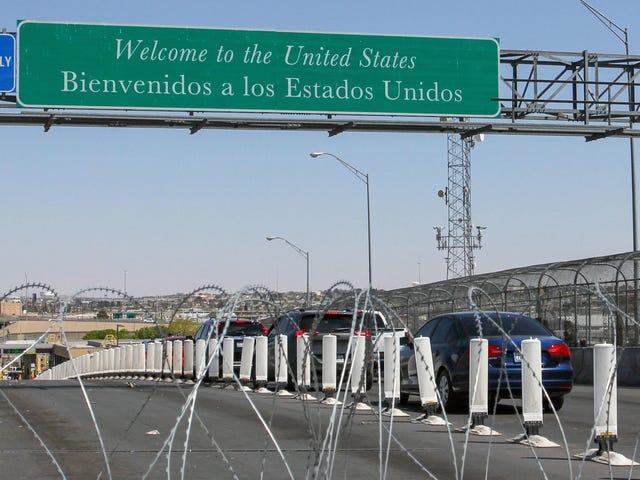 La Cour fédérale décide que les agents frontaliers ont besoin d'une cause probable pour fouiller les téléphones des voyageurs