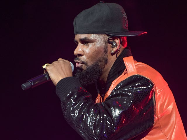 R. Kelly charged with 10 counts of criminal sexual abuse