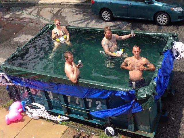 Heikko-Ass byrokraatit sankarillisille Philly Citizens: lopettaa Dumpsters In uima-altaat