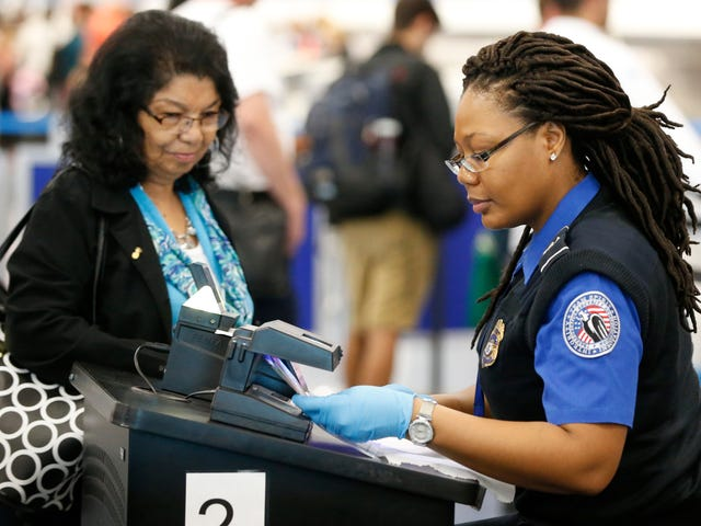The TSA Is Testing the Use of Fingerprints to Replace Boarding Passes