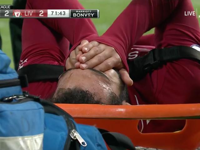 ニューカッスルに対する頭部外傷を負ったモハメド・サラーがストレッチャーでゲームを終了