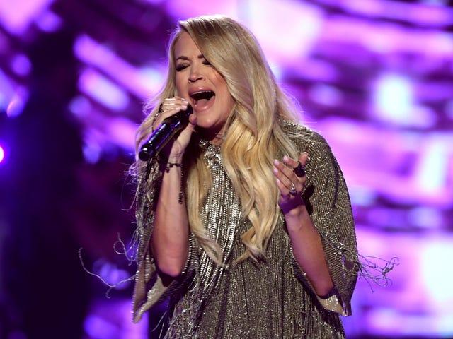 Tema Sunday Night Football Carrie Underwood Sucks Dan Tidak Ada yang Harus Mencium Ass Sensitifnya