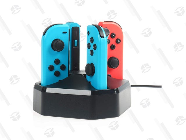 Charge Your Spare Joy-Con Controllers With This $12 AmazonBasics Dock