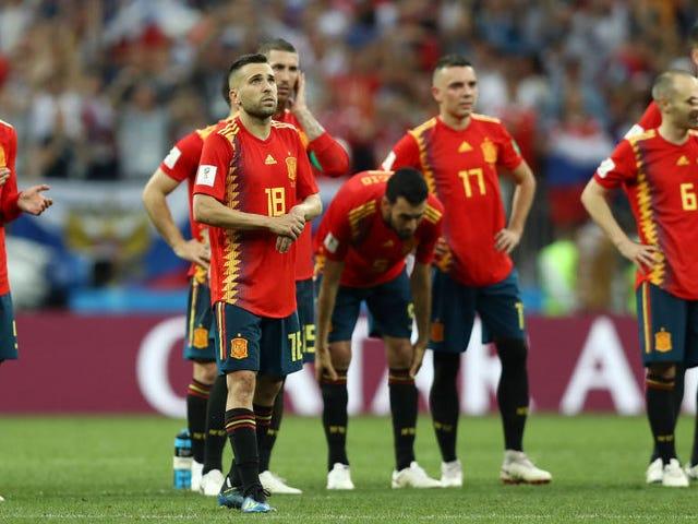 Russia Topple Spain In Penalties, Puke Puke Puke