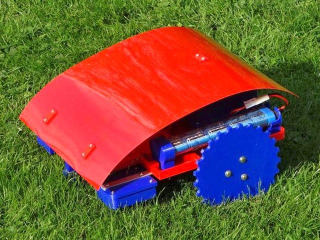 अगर आपके पास 3 डी प्रिंटर है तो आप खुद को एक सस्ता रोबोट लॉन घास काटने वाला बना सकते हैं