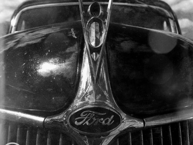 Nothin 'Outruns My V-8 Ford
