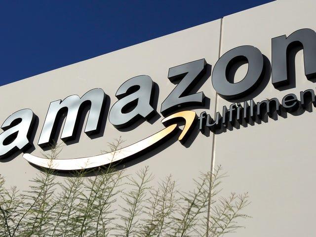 Amazon Echoes Walmart tuyên bố rằng Tấm pin mặt trời Tesla đã thắp sáng ngọn lửa trên sân thượng