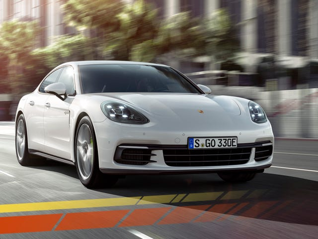 The 2018 Porsche Panamera 4 E-Hybrid Is A Tech Powerhouse That Crumbles Under Its Own Weight