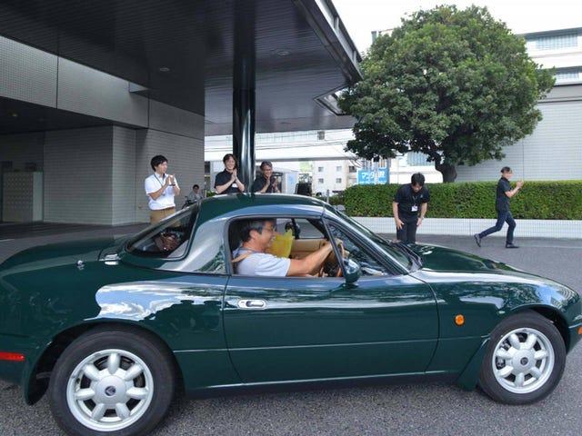 Mazda's First Factory-Restored Miata Looks Amazing