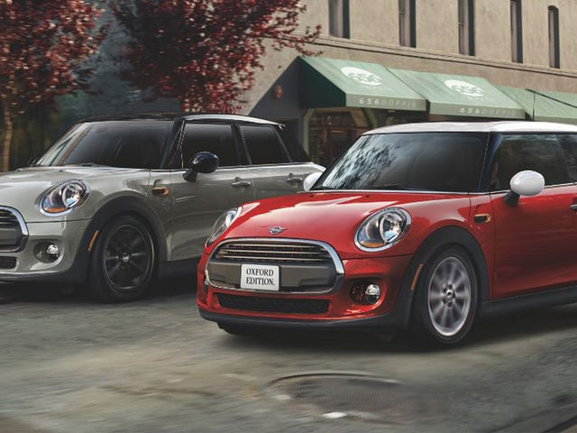 The 2019 Mini Cooper Oxford Edition Is a Sweet Value for College Grads on a Budget (Updated)