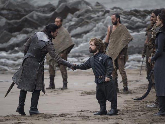 """Nikt nie poprosił o Game Of Thrones gwiazdy śpiewające """"Ice Ice Baby"""", a jednak jesteśmy tutaj"""