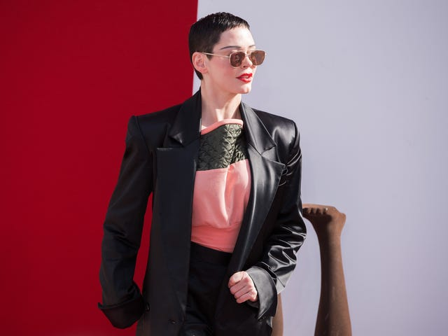 Looks Like Rose McGowan Is Finally Getting That Oppression She's Been Looking For