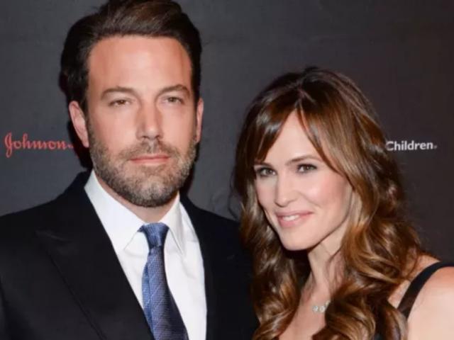 Jennifer Garner and Ben Affleck Signed Those Divorce Papers