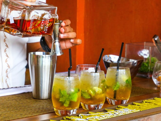 Mix Cocktails Safely With This New Website