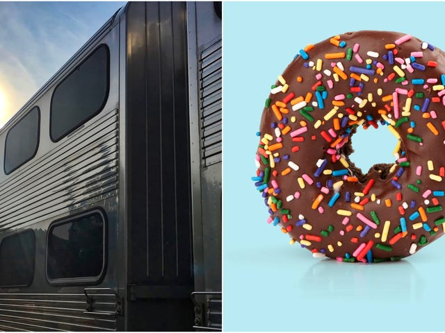 "<a href=""https://thetakeout.com/dunkin-employee-opens-new-jersey-train-station-njt-1833497150"" data-id="""" onClick=""window.ga('send', 'event', 'Permalink page click', 'Permalink page click - post header', 'standard');"">It&#39;s a Dunkin' employee'<em></em>s job to open this New Jersey train station every morning<em></em></a>"
