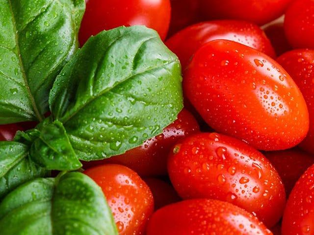 La otra razón por la que los supermercados pulverizan las verduras con agua