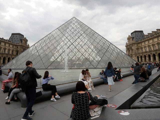 The Louvre Removes the Sackler Family's Name From Wing