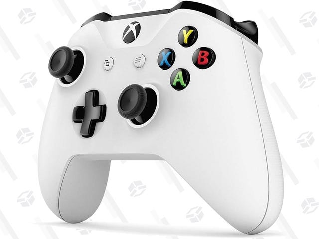 Snag a Spare Xbox One Controller For $38