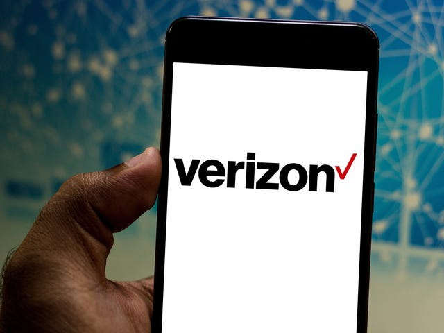 How to Get Verizon to Block Robocalls for You