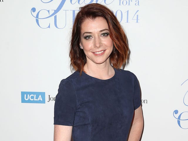 Alyson Hannigan Is Finally the Star of Her Own Show