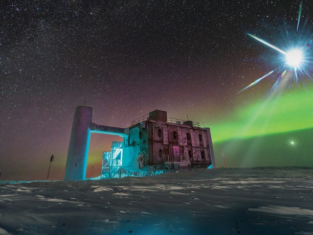 See the South Pole Message That Alerted Astronomers to the Cosmic-Ray-Spewing Blazar